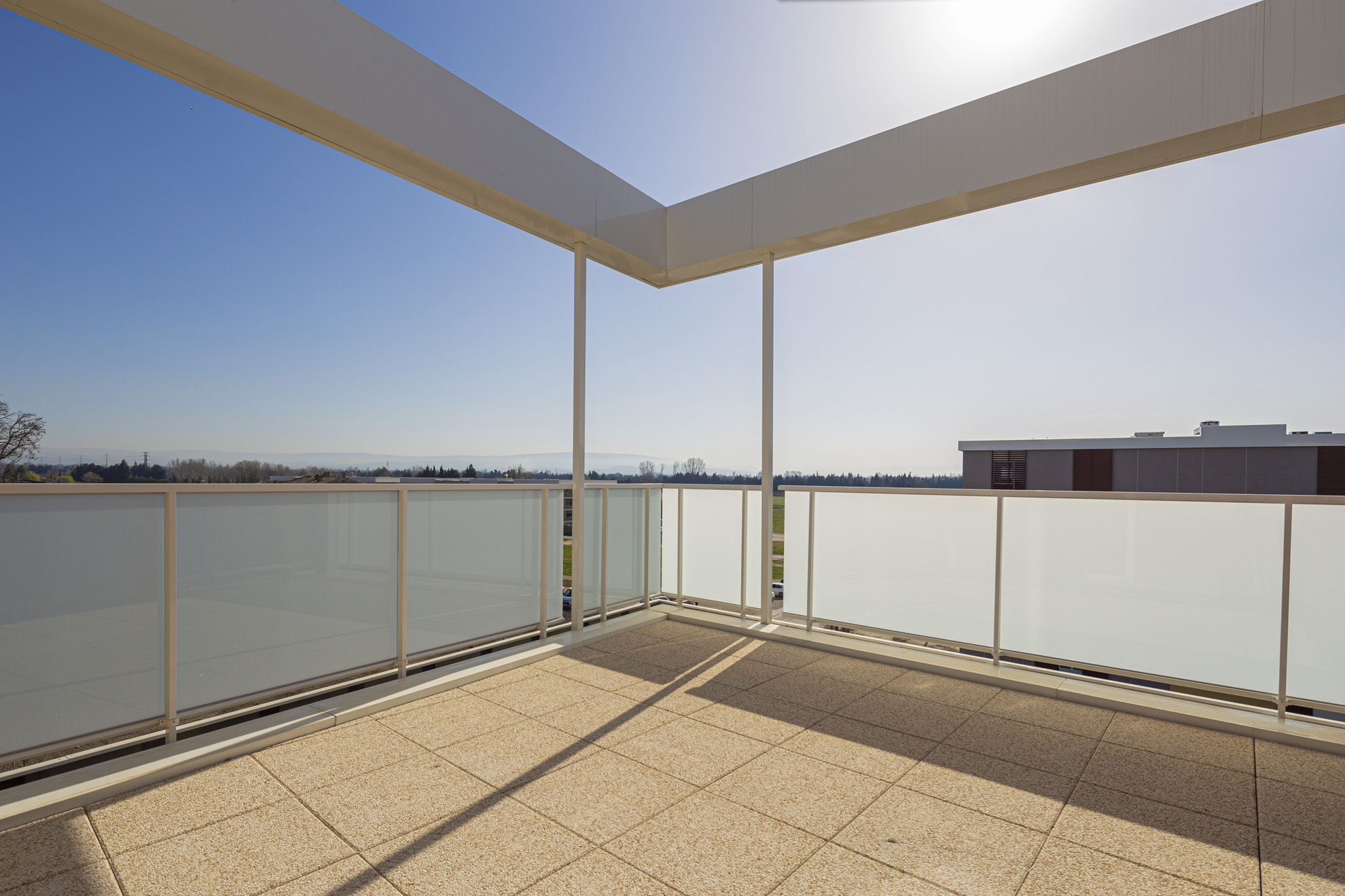 Patio du Lac-monteux-residence-lac-bord-plage-neuf-investissement-pinel-24