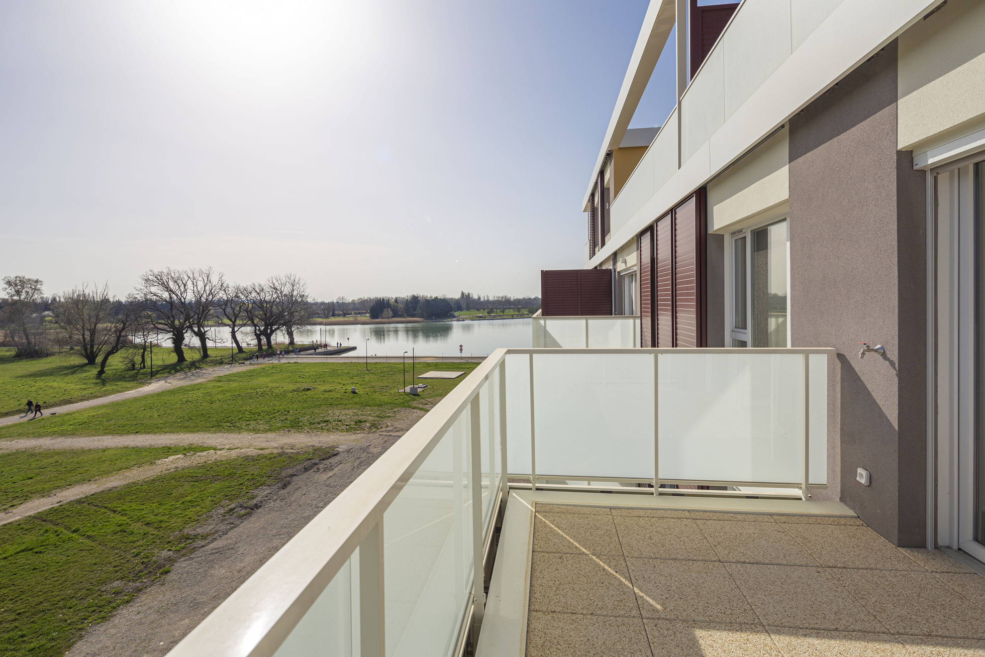 Patio du Lac-monteux-residence-lac-bord-plage-neuf-investissement-pinel-4